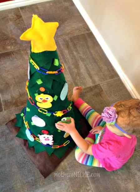 felt Christmas tree for toddlers to decorate over and over