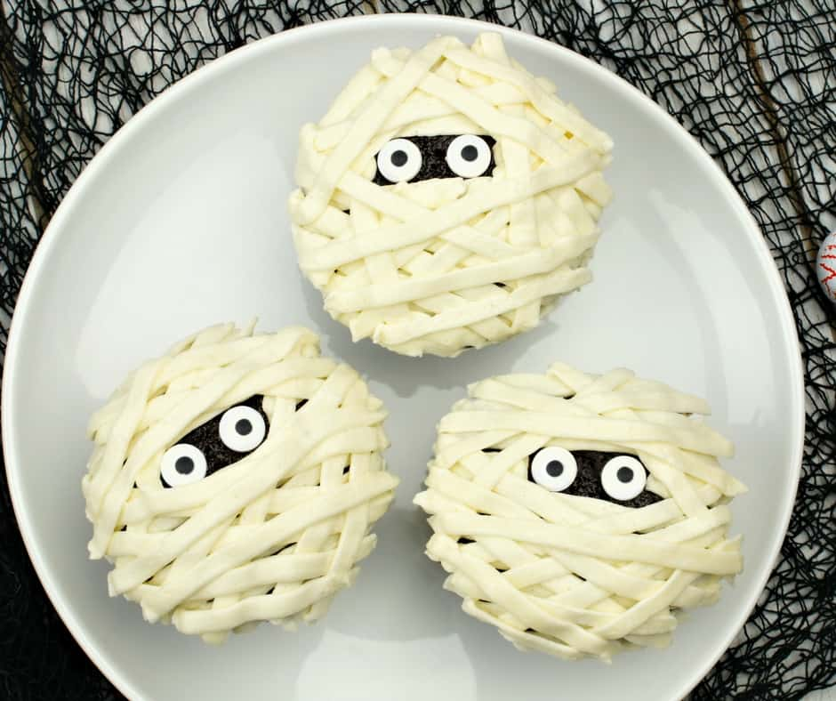 Easy Mummy Cupcake Tutorial