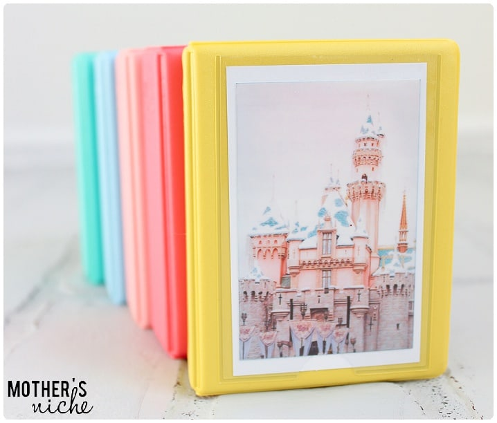 DIY Disneyland Autograph Books. SO ADORABLE!!!