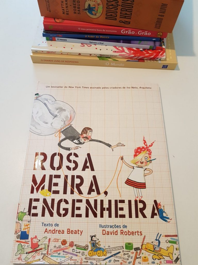 Stocking up on books in nthe minority language: Rosa Meira Engenheira book.