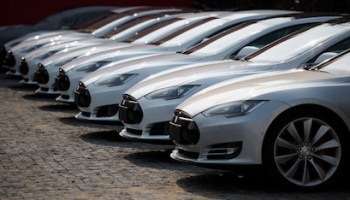 Malaysia Backs Down on 100 units Tesla Model S electric vehicle cancelled put on hold EV Geely Proton China