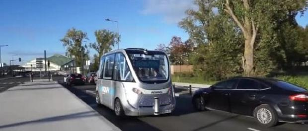 Can Human Driven Vehicles and Autonomous Vehicles Share The Roads self-driving electric shuttle accident in Las Vegas Navya Keolis urban mobility