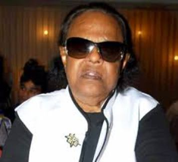 Ravindra Jain .ravindra jain padamshree award photo,,  premlata agarwal in hindi, rank of ira singhal, ravindra jain achievements, ravindra jain childhood, ravindra jain family, ravindra jain movies, ravindra jain songs, ravindra jain wife,