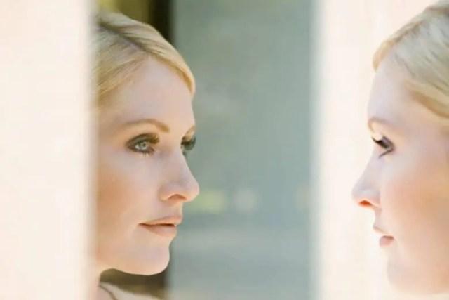 Guardati allo specchio