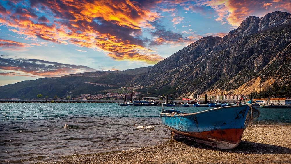 Beautiful Lakes to See in Turkey