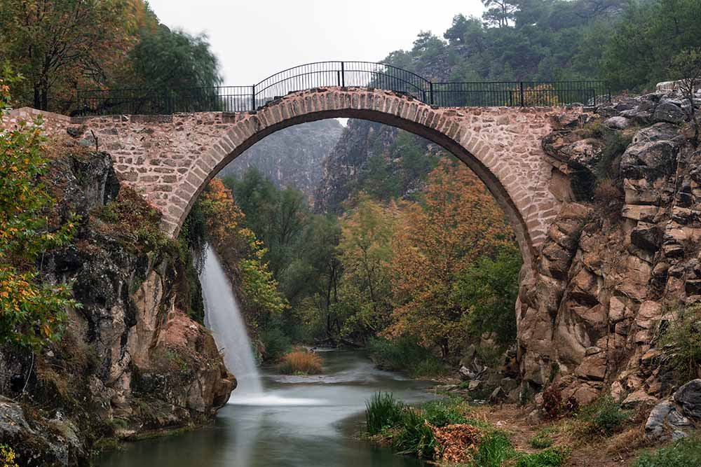 Uşak bridge