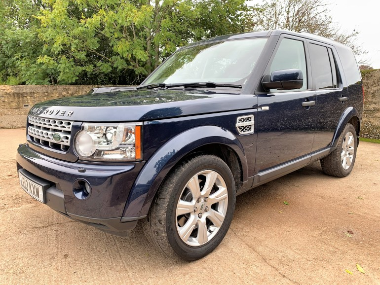 2013 Discovery 4 HSE SDV6 7 seater 44000m for sale at motodrome