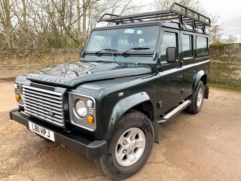 2011 DEFENDER 110 TDCi XS STATION WAGON 7 SEATER FOR SALE AT MOTODROME