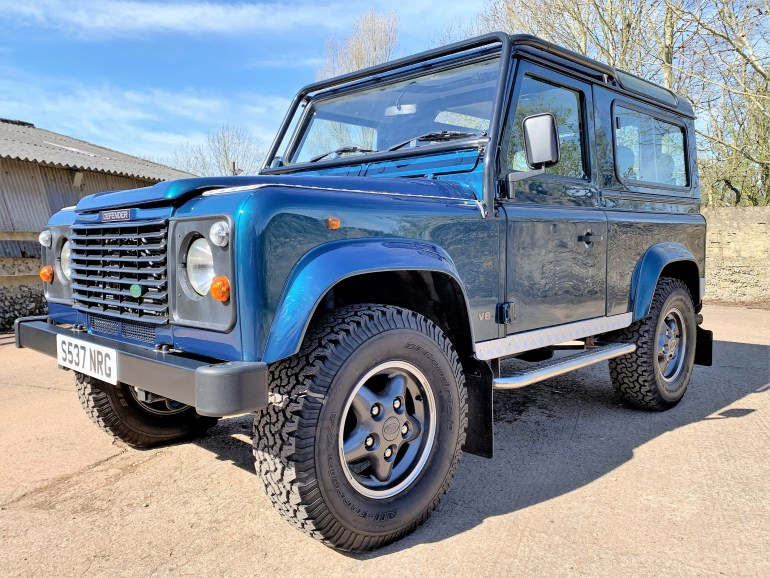 DEFENDER 90 50TH ANNIVERSARY 4.0V8 AUTO FOR SALE AT MOTODROME