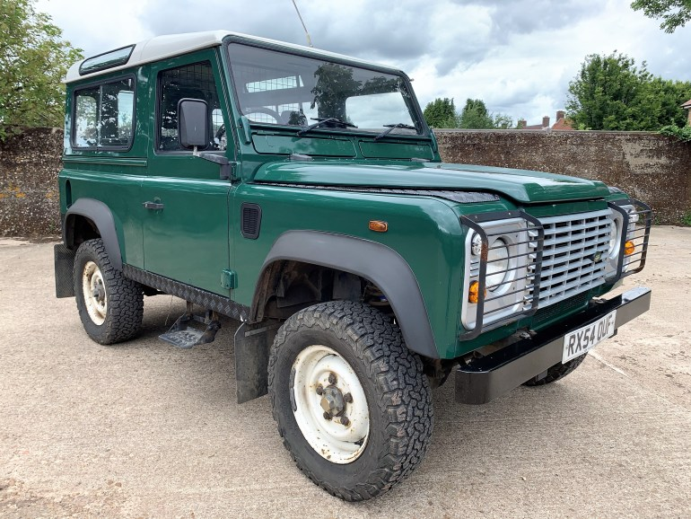 defender 90 TD5 station wagon for sale at motodrome