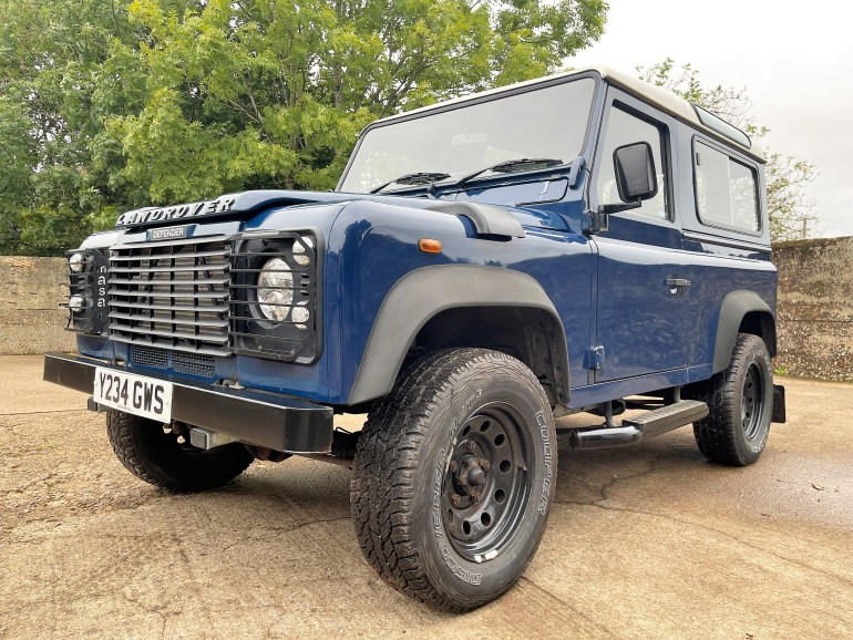 Land Rover Defender 90 TD5 7 seater galvanised chassis for sale at motodrome