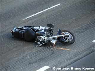 Prot ger sa moto en cas de chute for Deplacer sa moto dans un garage
