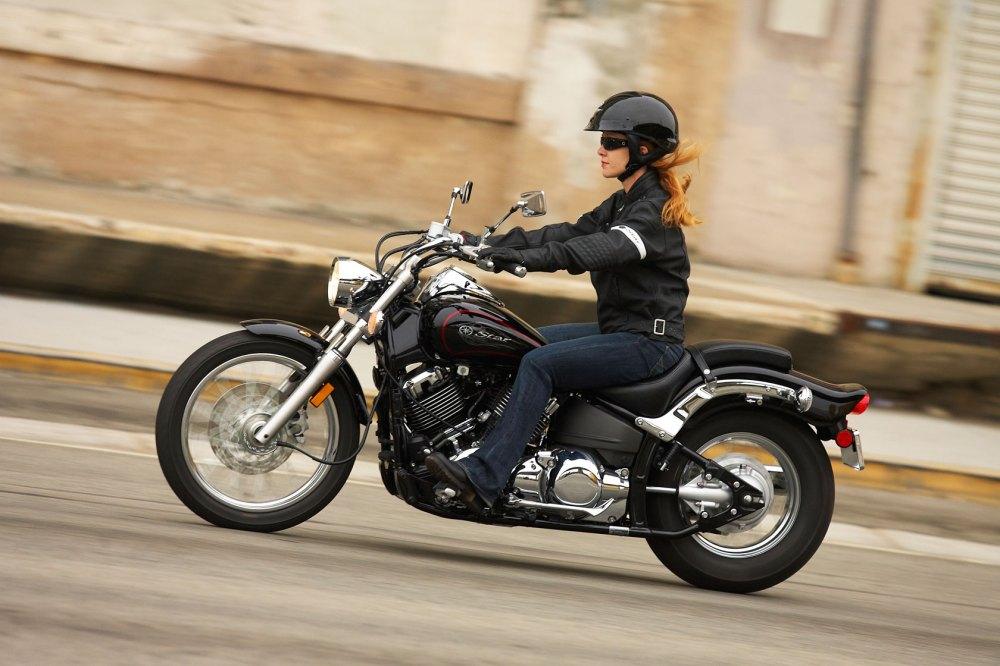 medium resolution of 2011 yamaha v star custom moto zombdrive