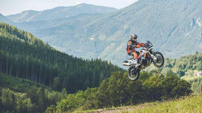 KTM-apresenta-as-novas-890-Adventure-R-e-890-Adventure-R-Rally