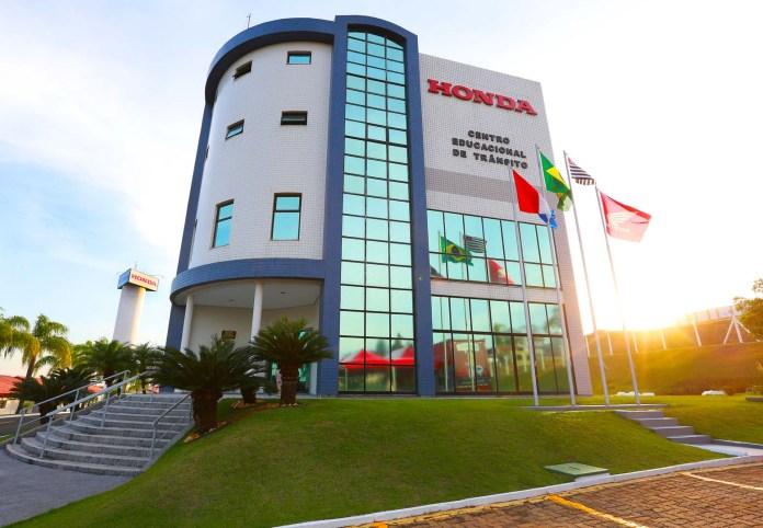 Honda-comemora-o-50º-aniversário-de-seus-Centros-de-Promoção-de-Condução-Segura