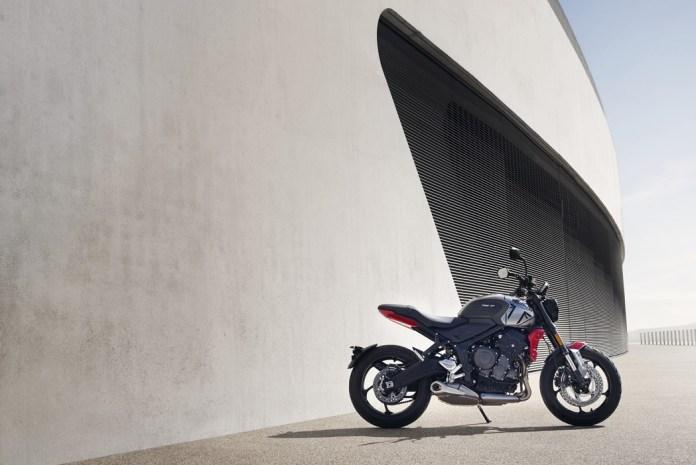 Triumph-trident-600-2021-moto-adventure