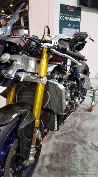 MotoADVR_YamahaR1Cutaway3