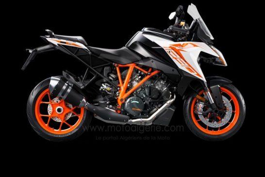 245726_1290 SuperDuke GT MY19 Orange 90-Right