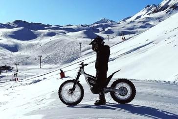[Vidéo] Kenny Thomas sur la neige avec l'Epure Race d'Electric Motion