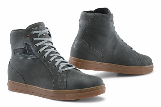 TCX_STREET ACE _GREY NATURAL RUBBER