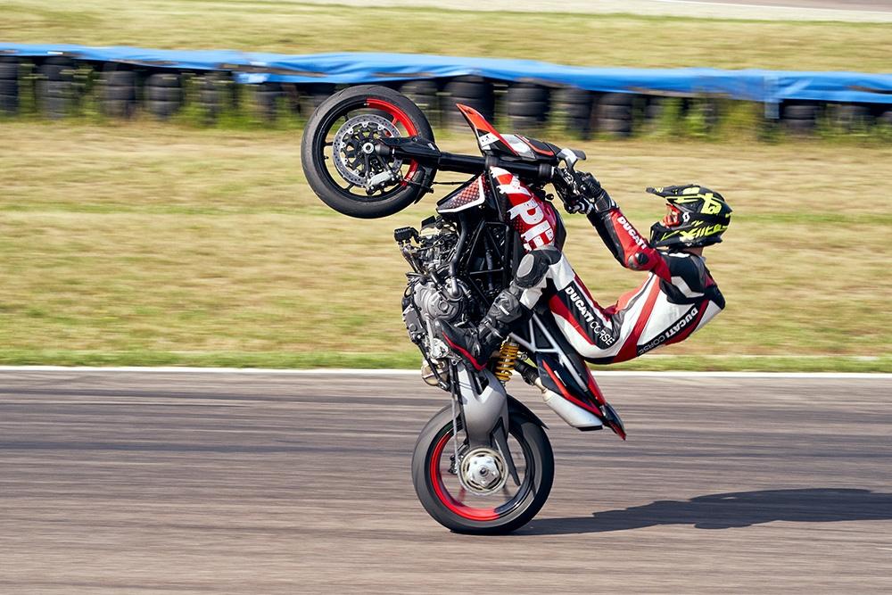 Ducati présente la nouvelle version de l'Hypermotard 950 RVE