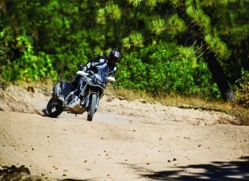 Dunlop Mission Trailmax
