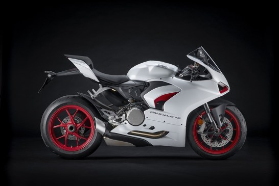 DUCATI_PANIGALE_V2 _White Rosso__UC173828_Low