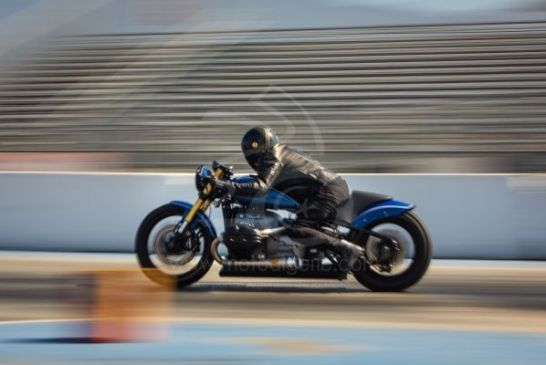 P90394561_lowRes_r-18-dragster-by-rol