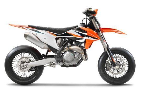 KTM 450 SMR 2021 studio5