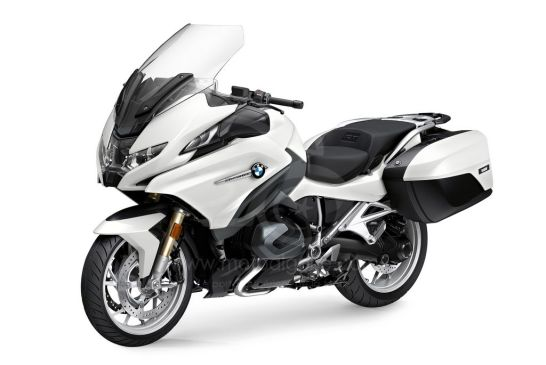 P90402244_highRes_the-new-bmw-r-1250-rt 2021