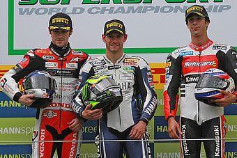 _ss600_podium