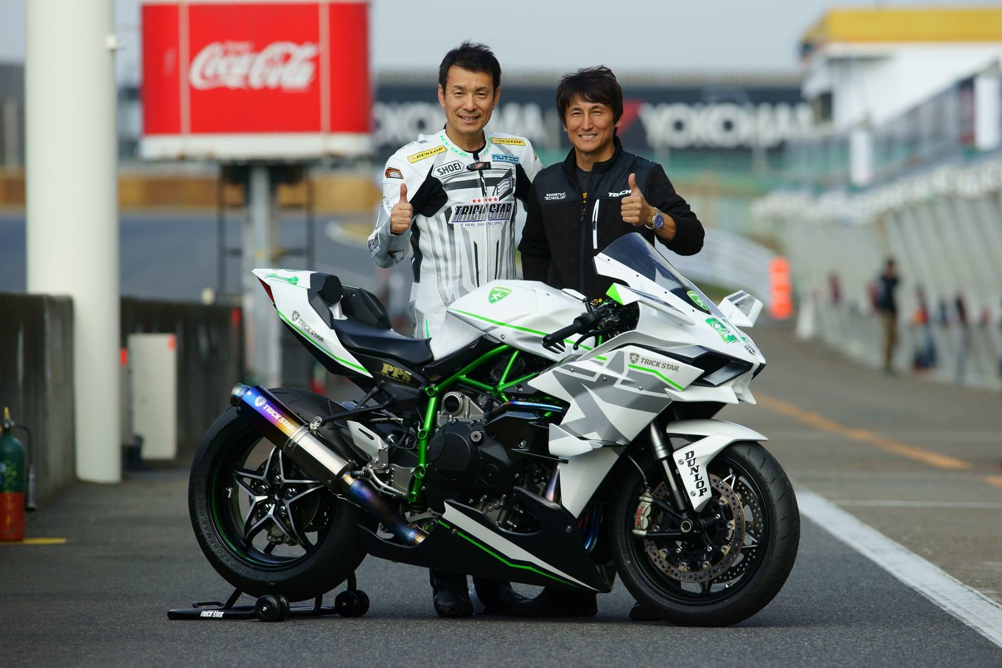 Grafis Inspirasi Modif Striping Kawasaki Ninja 250R Fi