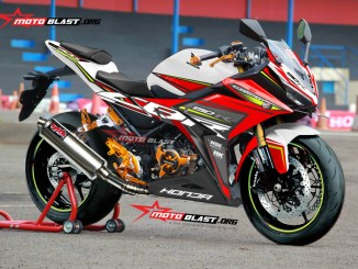 1-all-new-cbr150r-white-red-rc
