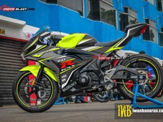 GSX-R150 - BLACK SPORTY