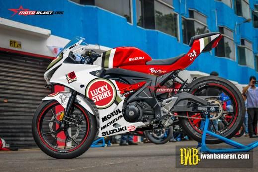 GSX-R150 - RED WHITE LUCKY STRIKE