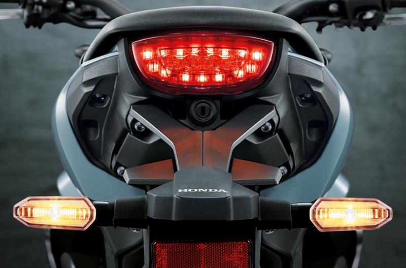 Honda-cbr150R-Exmotion-taillights
