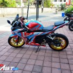 CBR150R ULTRAMAN GINGA3