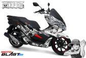 2 PCX 150 BLACK KABUKI ONEPIECE-MOTOBLAST1