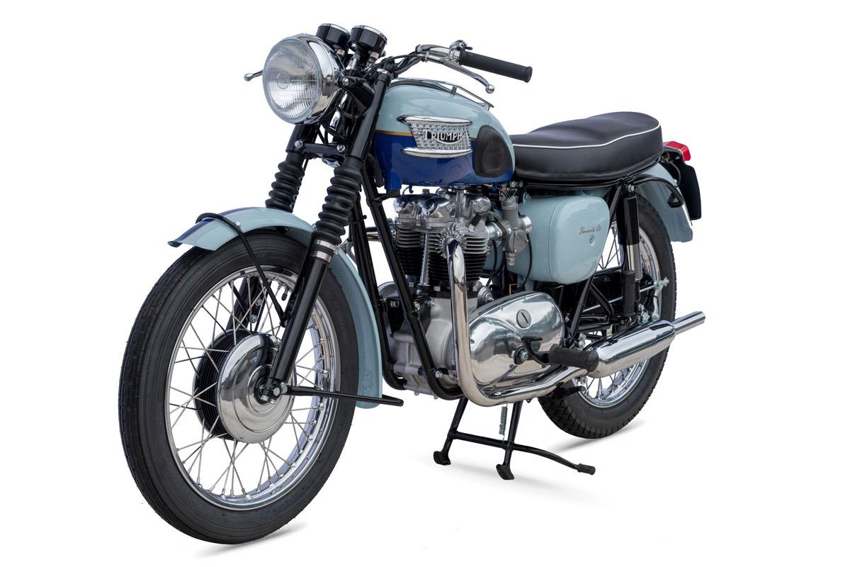 la triumph bonneville une moto de l gende qui a gagn tous les prix. Black Bedroom Furniture Sets. Home Design Ideas