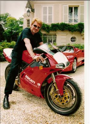 Combien de moto a johnny