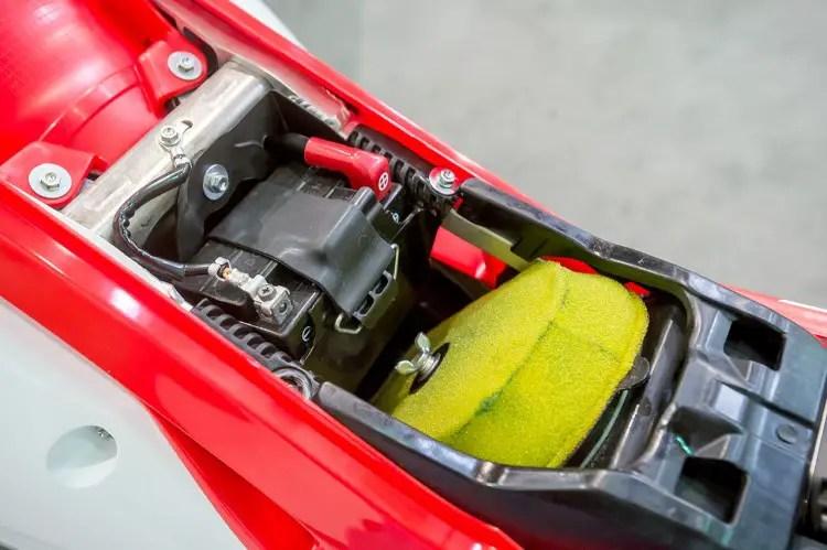 Honda Fuel Filter Installed First Look 2017 Honda Crf450 Amp Crf250 Motocross Action