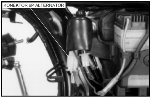 06 copot konektor alternator