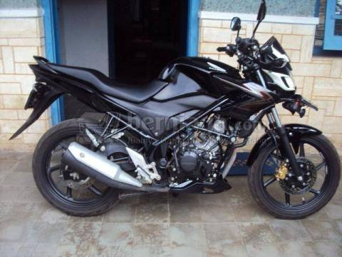 cb150r second