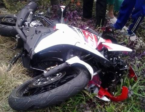 r15 terlibat kecelakaan lantas