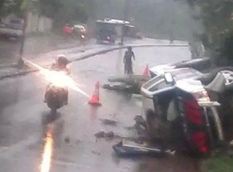 mobil polisi kecelakaan1