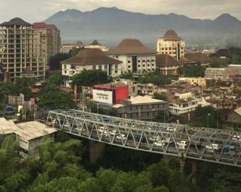 jembatan suhat melengkung