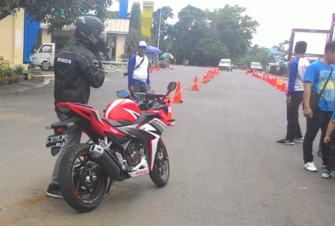 00 all new cbr150r test ride