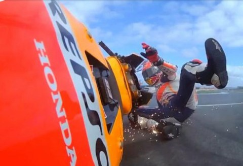 mm93-crash-philips2