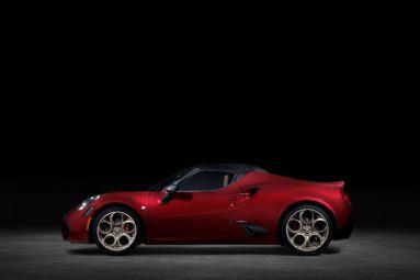 Alfa-Romeo-4C-Spider-33-Stradale-Tributo-10