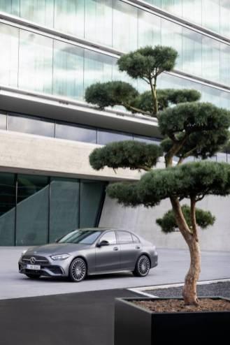 Mercedes klasy C 2021 (4)